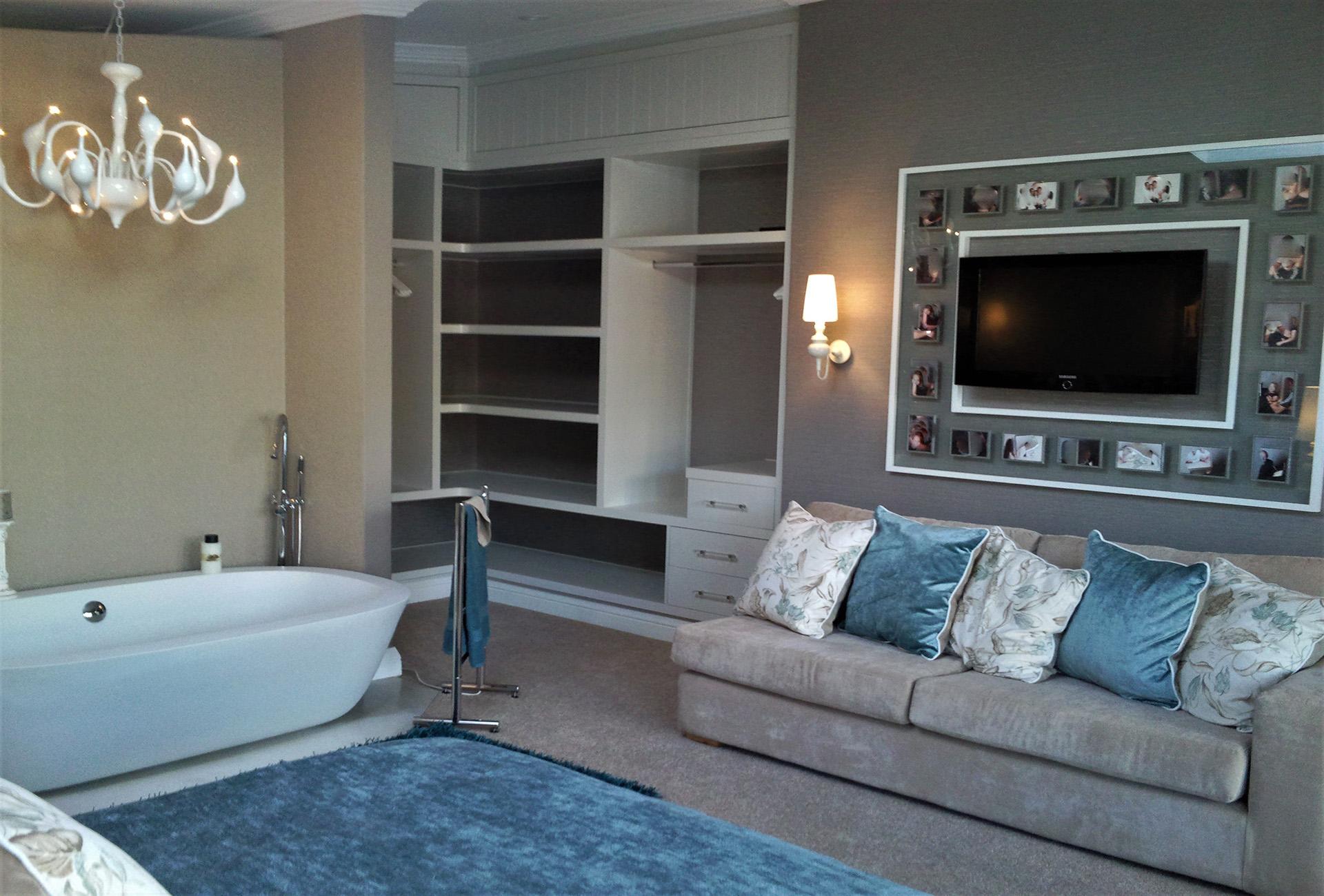 Main bedroom lounge